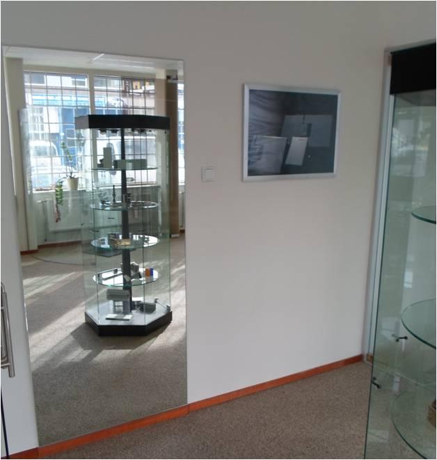Spiegels op maat rotterdam spiegelglas op voorraad for Spiegels op maat
