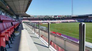 Glazen schermen business seats Sparta stadion